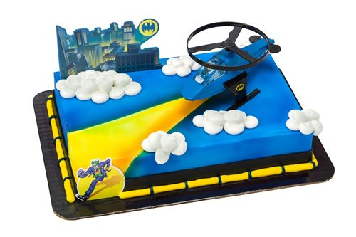 blue and yellow batman cake