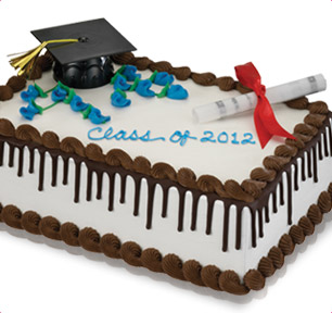 Graduation cake with cap and diploma