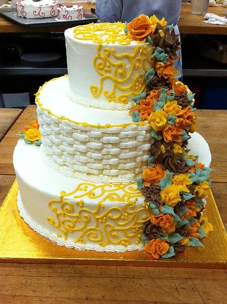 market basket wedding cake