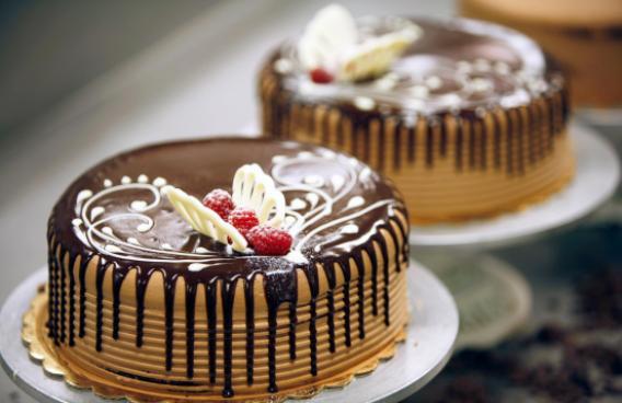 Porto's cakes