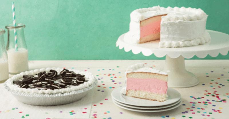 TCBY cakes