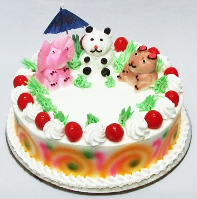 cake decorated with animals