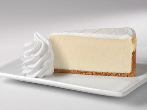 Plain cheesecake with white icing