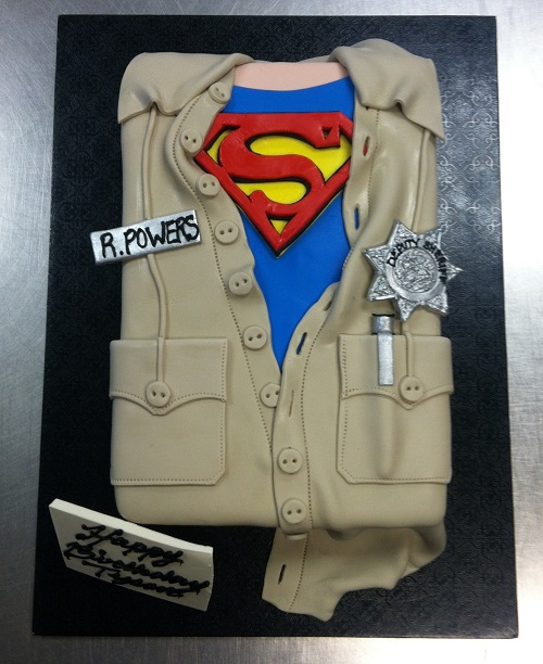 superman t-shirt cake
