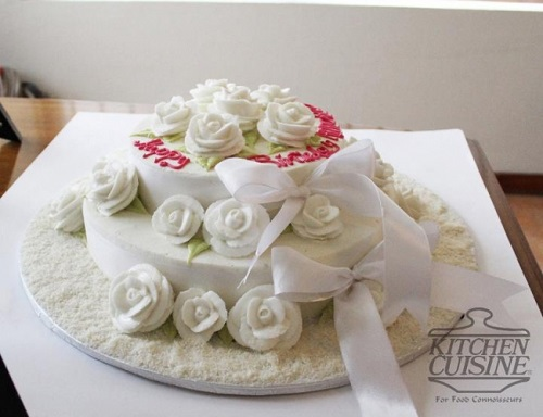 tiny kitchen wedding cake kitchen cuisine cakes prices designs and ordering 21017