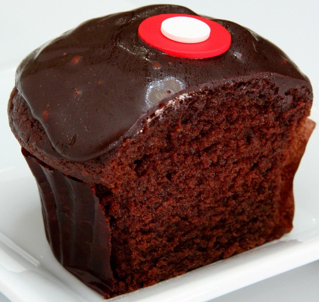 red velvet carousel cake